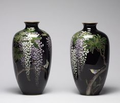 Pair of Vases Decorated with Japanese Bush Warblers Perching on Blossoming Wisteria, Goto Seizaburō