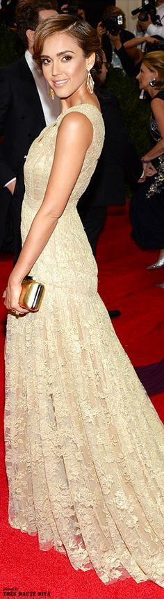 Jessica Alba in a Diane von Fürstenberg dress and clutch at the 2014 MET Gala