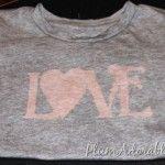 Bleach Pen 'love' T-shirts