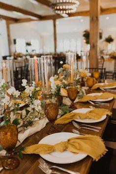 Gold wedding centerpiece for summer/fall Gold Wedding Centerpieces, Wedding Gold, Boho Wedding, Fall Wedding, Glamorous Wedding, Decor Wedding, Boho Bride, Wedding Table Linens, Wedding Reception Tables