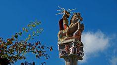 Heute bei uns nochmal ein Sommertag. ... Aber die Kaltfront und damit ein Wetterwechsel, ist schon im Anmarsch. Ganz deutlich zu sehen bei der Jupitergigantensäule u.a. mit dem Blitzknebel im Römermuseum Homburg-Schwarzenacker. :-)