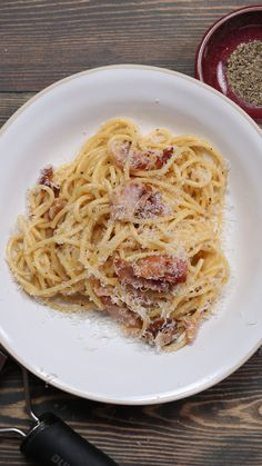 Pancetta Carbonara - New Ideas Pasta Carbonara, Italian Pasta Recipes Authentic, Italian Recipes, Pate Spaghetti, Tastemade Recipes, Cooking Recipes, Pasta Recipes, Tagliatelle, Dinner Ideas