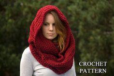 CROCHET PATTERN Oversized Infinity Scarf Pattern par WellRavelled, $4.00