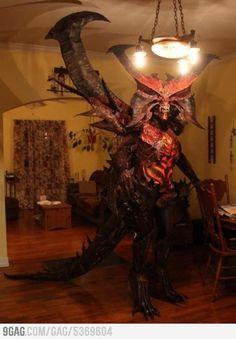 Diablo cosplay. HOLY. CRAP