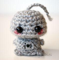 Mini Robot Amigurumi Plush  Kawaii Desktopper $1300 Via Etsy cakepins.com