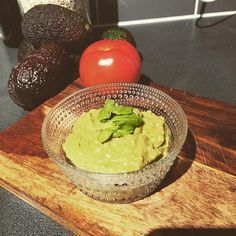 super tasty and the easiest #guacamole ever. Propably 🥑 No additives, super clean 😊 SUPER EASY…""