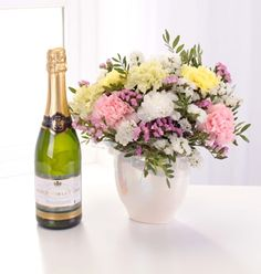 Pearl Arrangement with Bubbly - £44.99