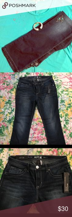 """👖👖👖APT. 9 bootcut jeans 👖👖👖 You'll look so fine walking away with all the blingy details on the back pockets 😉 these bootcut jeans are midrise straight through hip and thigh. Dark blue color with whisker design and intentional fading from thigh to knee. Measures 16"""" at waist lying flat. Inseam 32"""". Hem flare 9"""" wide.  In Excellent condition. Apt. 9 Pants Boot Cut & Flare"""