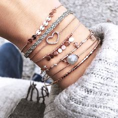 Pinned by: ☾OohmyJupiterr Dainty Jewelry, Cute Jewelry, Jewelry Box, Jewelry Accessories, Fashion Accessories, Jewellery, Ring Armband, Diamond Are A Girls Best Friend, Coco Chanel