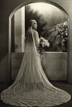 1932 bride Fanny London, England Photo by Boris Bennett