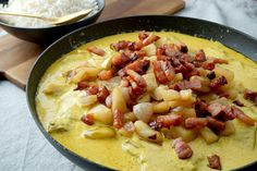 Landinspektør Hansens karrykoteletter - Mad for Madelskere Best Appetizers, Appetizer Recipes, Curry, Cook N, Danish Food, Chops Recipe, Food Inspiration, Bacon, Food And Drink