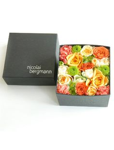 nicolai bergmann | fresh (and preserved) flower boxes.