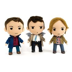 This Supernatural Chibi Plush set is adorable. At last you can cuddle the Winchesters. The Supernatural characters are now in chibi form and looking cute. Supernatural Merchandise, Supernatural Cosplay, Supernatural Bloopers, Supernatural Tumblr, Supernatural Tattoo, Supernatural Imagines, Supernatural Wallpaper, Supernatural Gifts, Castiel