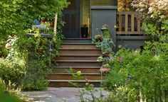 Live the cultivated life: Learn how to garden, find landscaping and DIY projects and hikes. Browse products, ideas, and photos of plants, flowers, and seeds. Get gardening advice from experts.