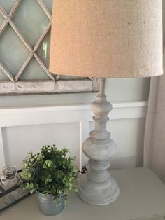 DIY Restoration Hardware Inspired Lamp Makeover How to Turn a Brass Lamp into Designer Decor www. Farmhouse Lamps, French Farmhouse, Rustic Lamps, Industrial Lamps, Country Farmhouse, Vintage Industrial, Industrial Style, French Country, Diy Home Decor For Apartments
