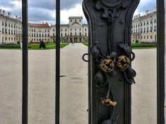 Eszterháza: Az Esterházy-kastély Fertőd