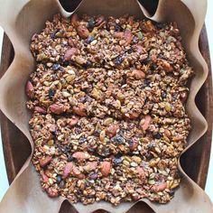 Banana, pumpkin seed & almond granola bars: vegan, gluten free, sugar free