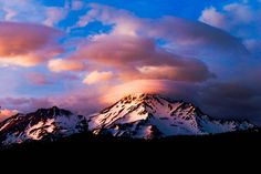 Mount Shasta, CA – Taken from Rooftop Mysterious Universe, Mount Shasta, Before I Die, Heaven On Earth, California Travel, Planet Earth, Gaia, Amazing Nature, The Great Outdoors