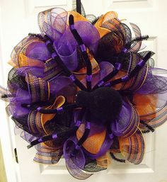 Gorgeous Spider Deco Mesh Wreath