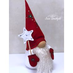white and grey palette hanging Christmas decorations, sewing crafty Christmas ideas Christmas Makes, Christmas Gnome, Christmas Projects, Holiday Crafts, Felt Crafts, Diy And Crafts, Origami Christmas Ornament, Craft Sale, Felt Ornaments