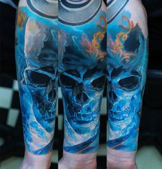Caveira Azul sombreada – Fotos de Tatuagens