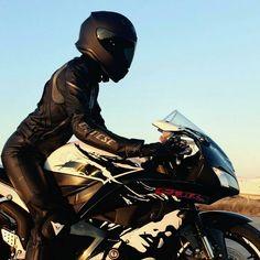 Real Motorcycle Women - europeanbikers