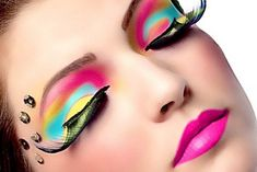 So many crazy, but beautiful and cool eye makeup.  Party Eye Makeup with Eyelash Extensions