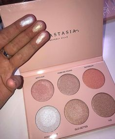 Can't wait for the new Anastasia Nicole Guerriero highlighter palette