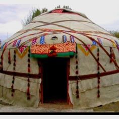 Live in and Build a Yurt