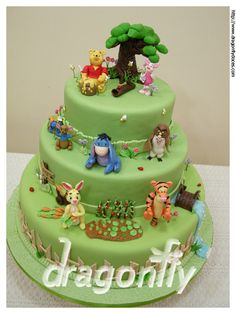 "Pooh and his gang cake / Bolo ""Pooh e sua turma"""