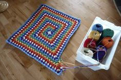 Never Ending Granny Squares Afghan, Free pattern when you follow picture links~like the yarn storage idea!