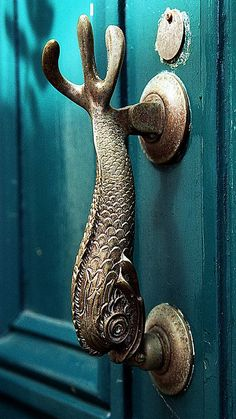 Inspire Bohemia: Decorative Door Hardware: Handles, Knobs, Knockers, Keyholes, Hinges and more! Cool Doors, The Doors, Unique Doors, Windows And Doors, Door Knobs And Knockers, Knobs And Handles, Door Handles, Wooden Handles, Art Nouveau
