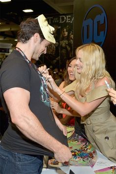 Henry Cavill, Karen Fukuhara, and Margot Robbie at DC's 2016 Comic-Con Booth!! #SDCC #EWComicCon