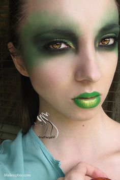 Witch makeup.. Without the green lips though..