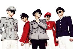 SHINee's Mini-Album, Everybody, is seriously the best album I've ever listened to. I'm listening to it right now. I love it :DDD