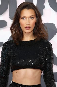 bells Bella Hadid Photos - Bella Hadid attends Fashion for Relief Cannes 2018 during the annual Cannes Film Festival at Aeroport Cannes Mandelieu on May 2018 in Cannes, France. - Red Carpet Arrivals - Fashion For Relief Cannes 2018 Bella Hadid Estilo, Style Bella Hadid, Bella Hadid Hair, Bella Hadid Makeup, Bella Hadid Photos, Bella Gigi Hadid, Bella Hadid Tattoo, Bella Hadid Nose, Kardashian