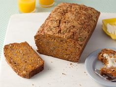 Alton Brown Pumpkin Bread Cut down sugar from cups to 1 cup (or less). Change pumpkin nuts to whatever nuts that baby not allergic to. Use fresh pumpkin and don't shred it too small so can taste the pumpkin. Alton Brown, Top Recipes, Fall Recipes, Dessert Recipes, Bread Recipes, Healthy Recipes, Delicious Recipes, Veggie Recipes, Healthy Meals