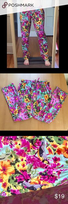 Emoi by Emonite floral jogger pants Stunning patterned jogger pants. Used- in great shape ! No rips or stains. Size Euro 40 (US Medium). Emoi by Emonite Pants Track Pants & Joggers