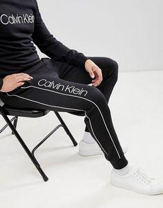Calvin Klein Outfits, Calvin Klein Men, Hang Ten, How To Wear Sweatpants, Mens Tracksuit Set, Billabong, Little Girl Leggings, Track Suit Men, Mens Sweatshirts