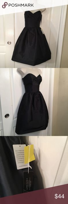 "NWT Alfred Sung Strapless Black Dress Measurements are: Length: 32"" Bust: 32"" Waist: 26"" All measurements are taken with the article of clothing lying flat and relaxed. Alfred Sung Dresses Strapless"