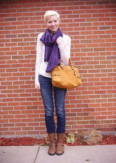 my favorite flannel plaid scarf | TheMombot.com