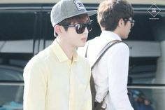 Onew @ @ Gimpo Airport 130824