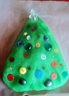 Adventures at home with Mum: Play dough Christmas Tree