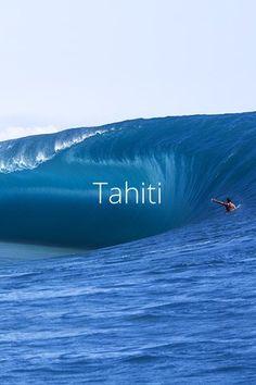 Tahiti teahupoo thelavishsociety:Teahupoo Wall by Sean Scott LVSH Maui, Hawaii, Water Waves, Sea Waves, Sea And Ocean, Ocean Beach, Ocean Pictures, Cool Pictures, Beautiful Ocean