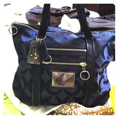 Blue Coach poppy bag Blue coach poppy purse Used- outside perfect condition interior has pen damage please look at photo Comes with dust bag  Price is negotiable Coach Bags Shoulder Bags