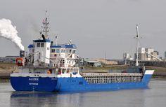 Aankomst 'Alizee' 3 april 2015 te IJmuiden onderweg naar de Coenhaven te Amsterdam  http://koopvaardij.blogspot.nl/2015/04/aankomst_4.html