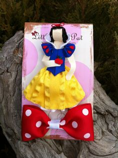 Mirror, Mirror, on the Wall, Who is the Fairest of Them All ... Snow White Ribbon Sculpture Set