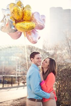 love these balloons for engagement session