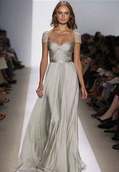 A classic sliver wedding dress to keep the theme elegant