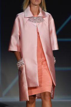 """improbabilefashionista: """" Pamella Roland at New York Fashion Week Spring 2016 (Details) """" Pink Fashion, Runway Fashion, Womens Fashion, Abaya Fashion, Fashion Dresses, Mode Abaya, Iranian Women Fashion, Fashion Details, Fashion Design"""